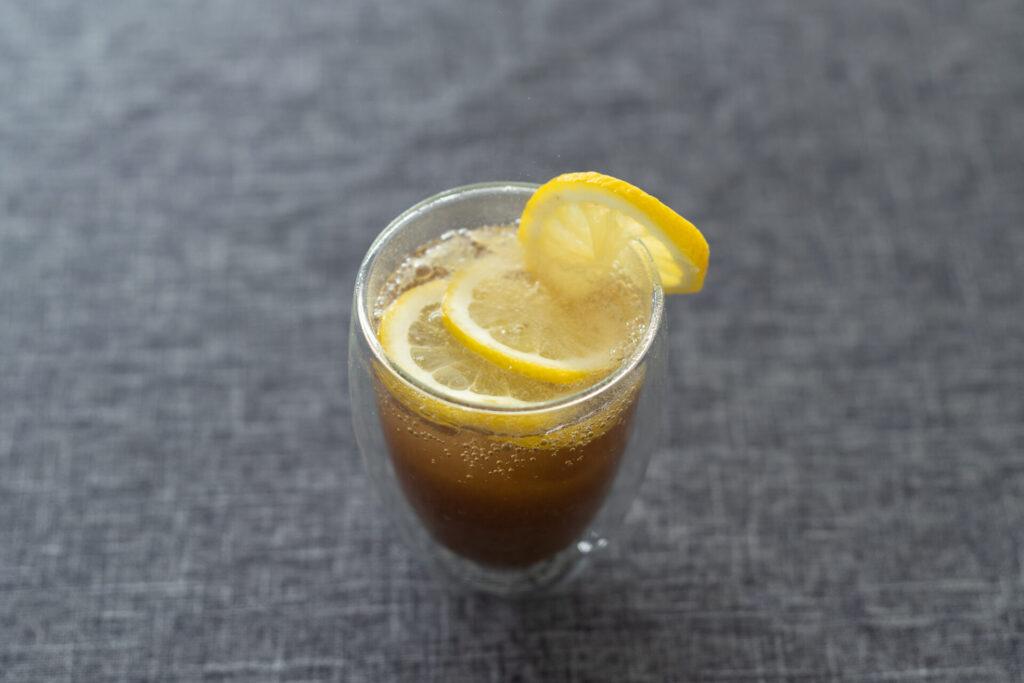 レモン炭酸水割り
